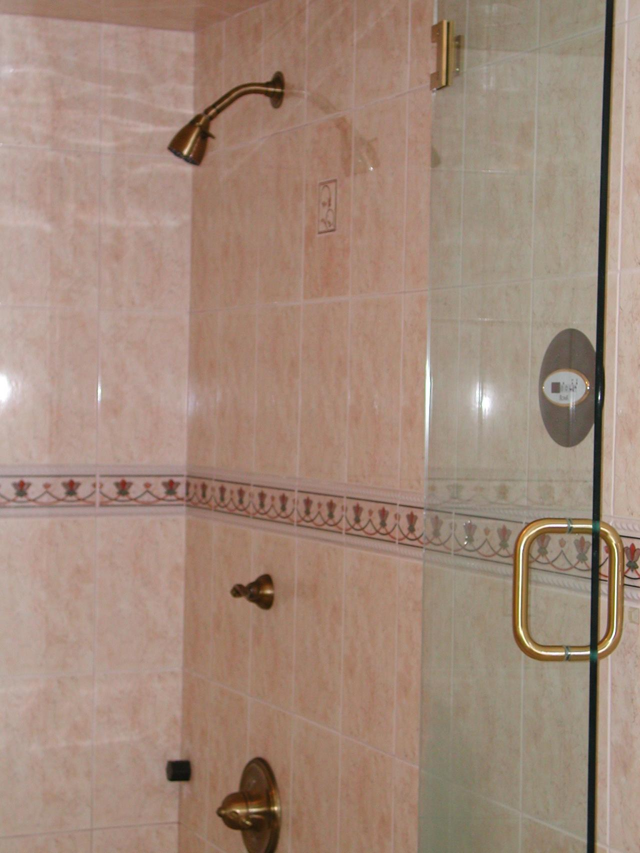 Nest homes construction bathroom remodeling in cleveland for Bathroom remodeling cleveland ohio