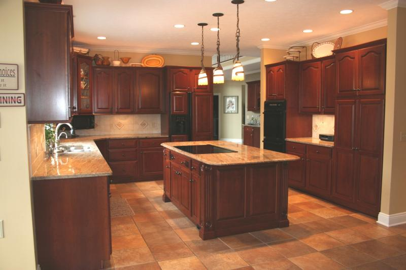 Basement remodeling ideas basement kitchen designs - Basement kitchen and bar ideas ...