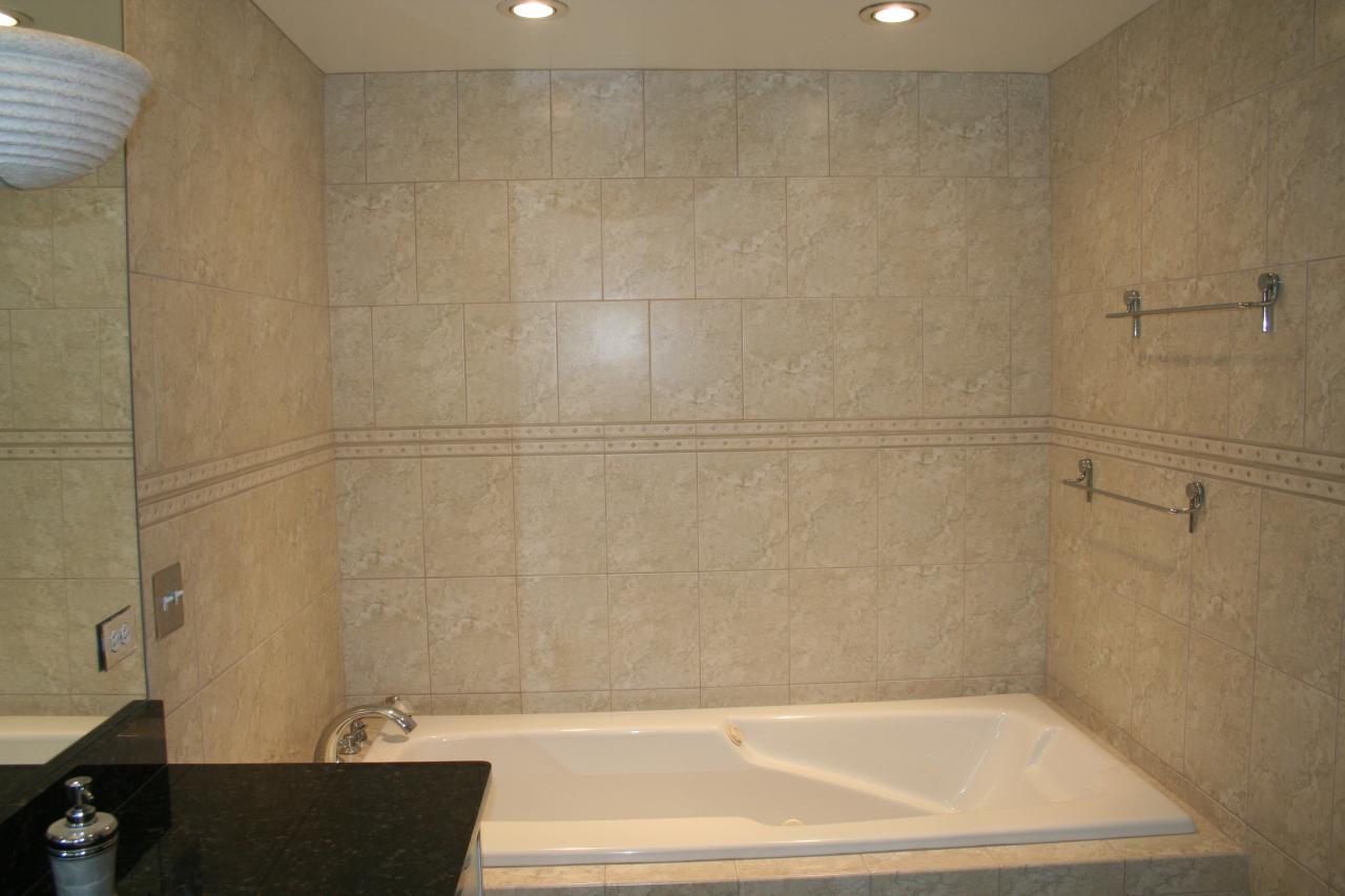 Full Heights 8x12 Wall Tile With Decorative Border